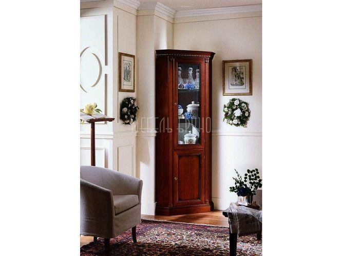 Угловая витрина  Альт в классическом стиле
