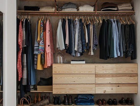 goods-items__image