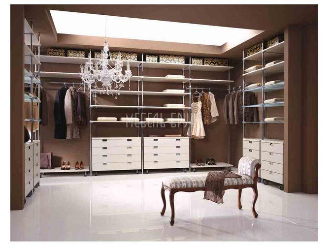 П-образная гардеробная Гармония в классическом стиле