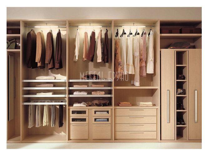 Прямая гардеробная Резервуар в классическом стиле