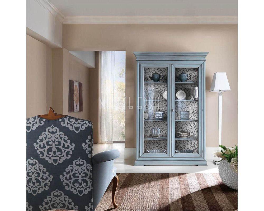 Прямая витрина  Лазурь в стиле прованс