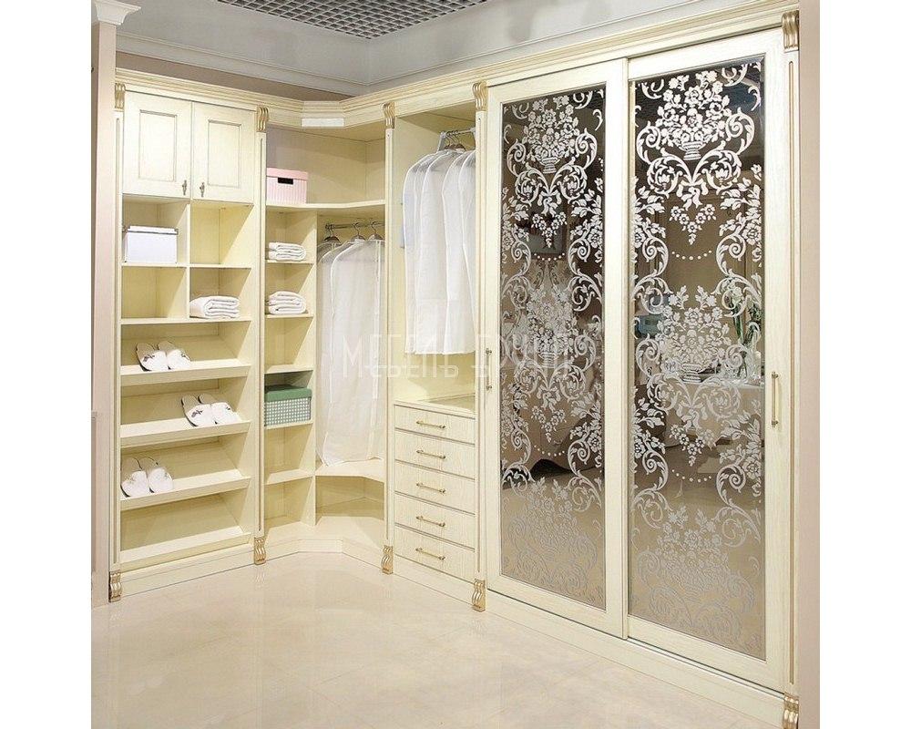 Угловая гардеробная Рошель в классическом стиле